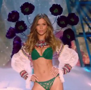victorias-secret-mode-paris-show
