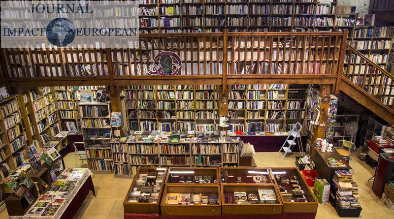 """""""Le trouve tout du livre"""": librairie ancienne du Somail"""