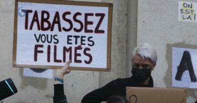 """""""Sécurité globale"""" : une loi contre la liberté d'expression et «l'Etat de droit»"""